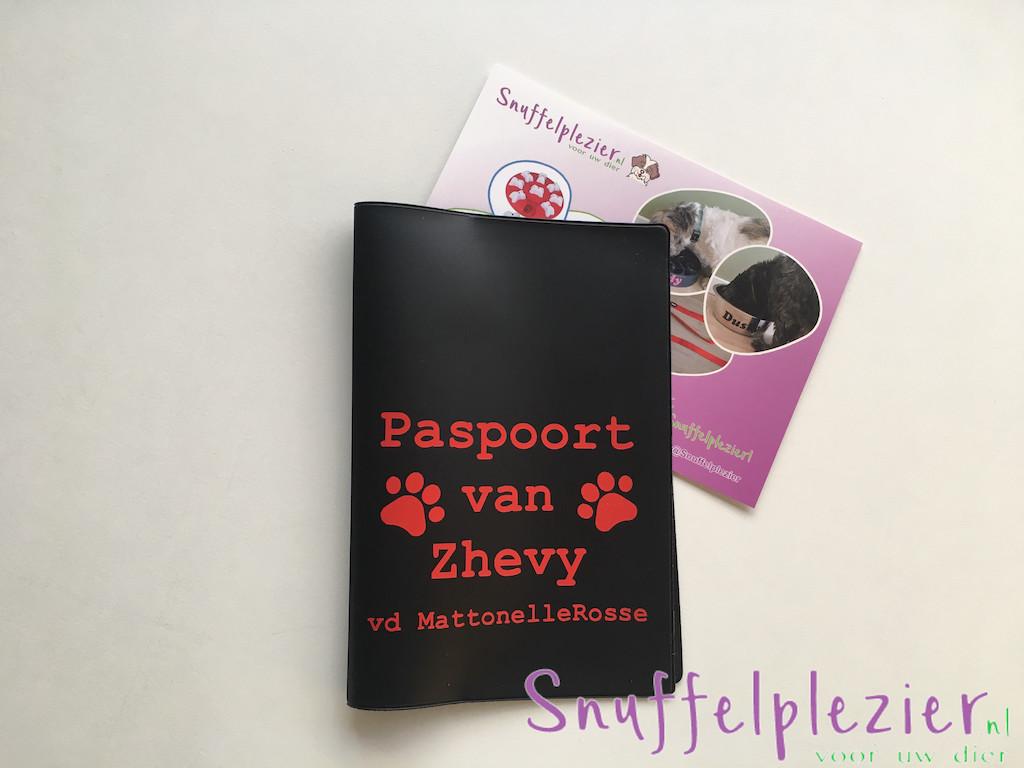 paspoorthoes_zwart_Zhevy