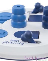 Trixie flipboard voor hond of kat in het blauwd met 3 verschillende technieken